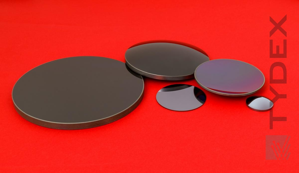 Silicon Elements for IR Objective Lenses